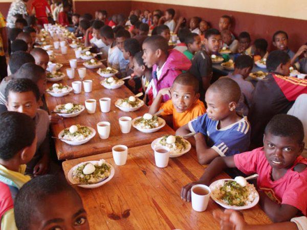 Alimentación y educación en Madagascar