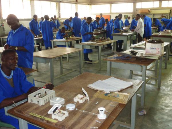 Construcción de dos residencias para alumnas y alumnos de FP en Koko