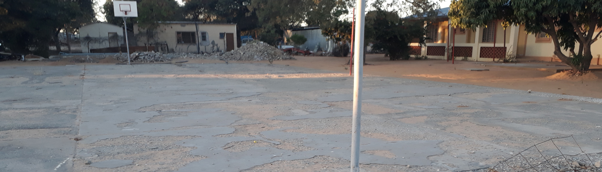 Renovación del patio del centro juvenil con 246 menores en Rundu